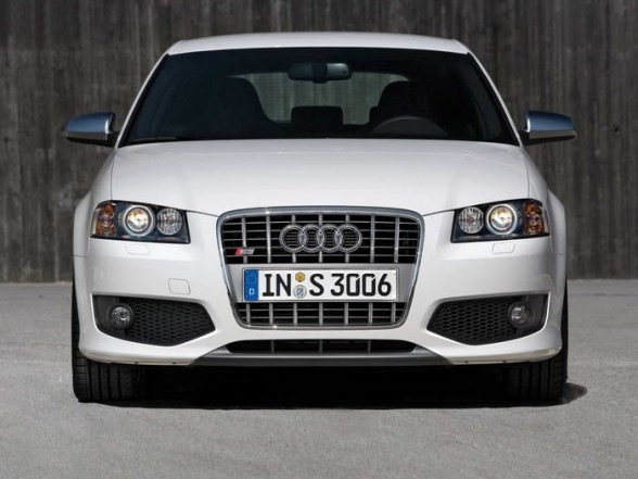 2007 audi s3 front view 588x441 nebelscheinwerfer blende. Black Bedroom Furniture Sets. Home Design Ideas