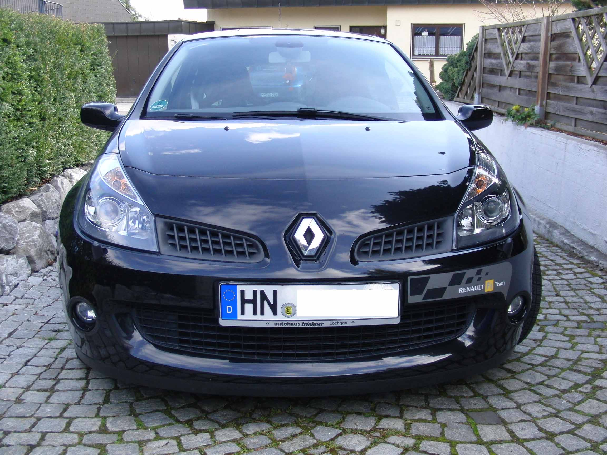 renault clio 3 sport f1 team r27 biete renault. Black Bedroom Furniture Sets. Home Design Ideas