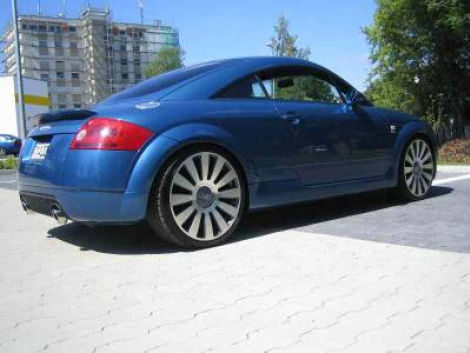 audi tt 8n a8 like 19 felgen winterreifen zu verkaufen. Black Bedroom Furniture Sets. Home Design Ideas