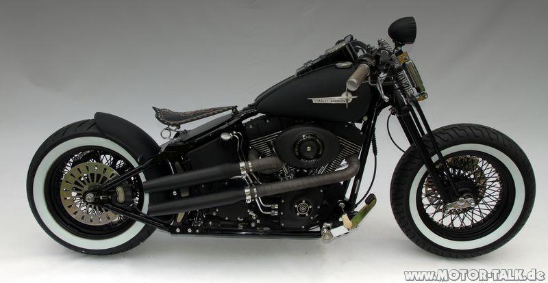 Black Harley Davidson Electra Glide