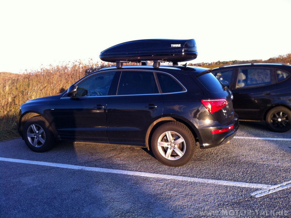 audi q5 mit thule atlantis 780 black1 dachtr ger und. Black Bedroom Furniture Sets. Home Design Ideas