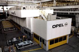 Opel-Stammwerk Rüsselsheim: Bei GM exisistieren Planspiele, den US-Bedarf am Buick Regal künftig ganz oder teilweise aus Europa zu decken