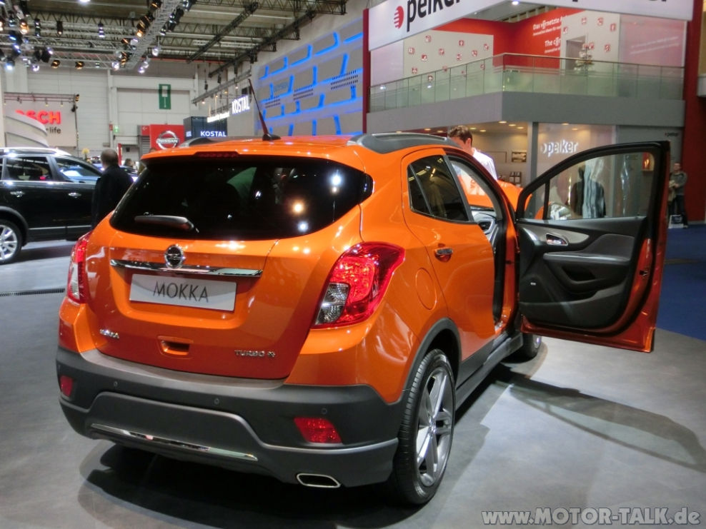 mokka opc line orange 01 mokka opc line dachspoiler fotos berichte opel mokka x 206230959. Black Bedroom Furniture Sets. Home Design Ideas