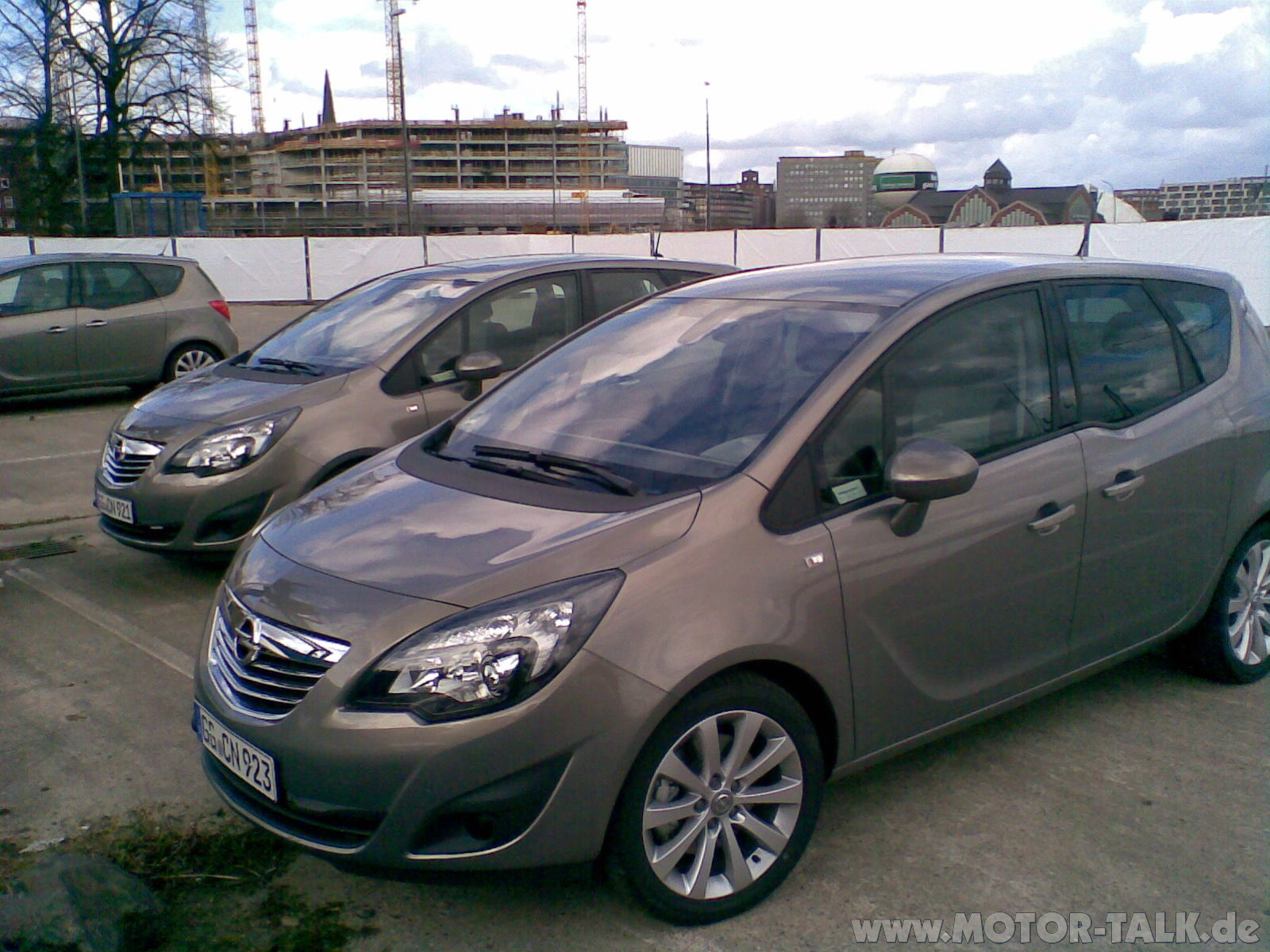 opel meriva 2010 14 bilder meriva 09 m rz 2010 in hh europa h ndler premiere opel meriva b. Black Bedroom Furniture Sets. Home Design Ideas