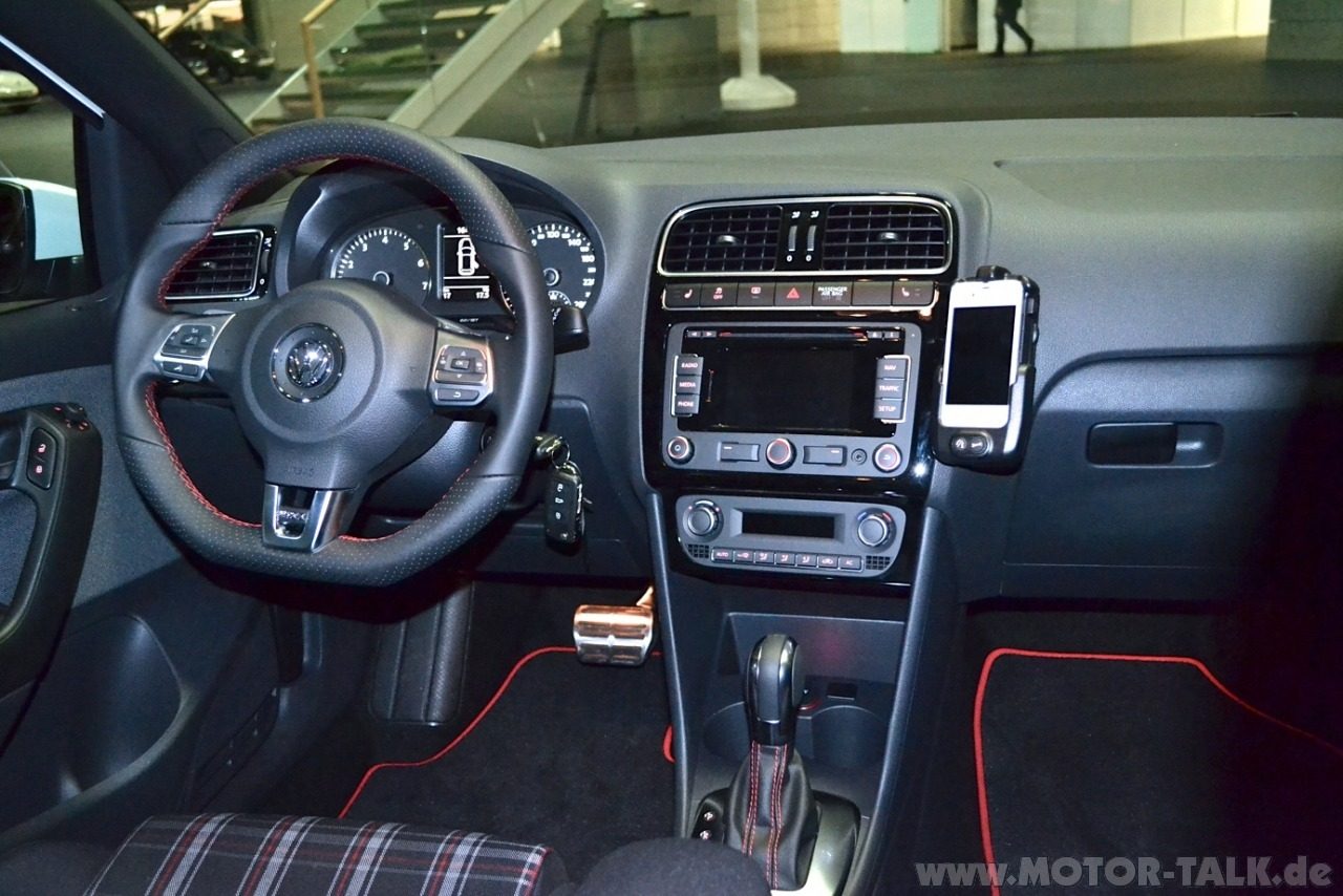 vw polo 6r 2 0 tsi car interior design. Black Bedroom Furniture Sets. Home Design Ideas