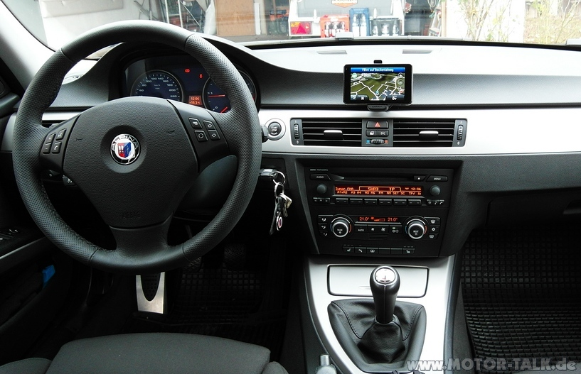 1 hat jetzt schon jemand das bmw navigation portable. Black Bedroom Furniture Sets. Home Design Ideas