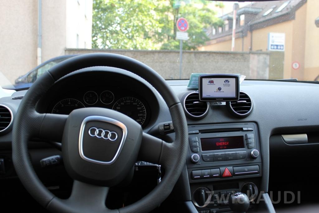 Fahrersicht Mit Navihalterung Audi A3 8p 1 8 Tfsi Von