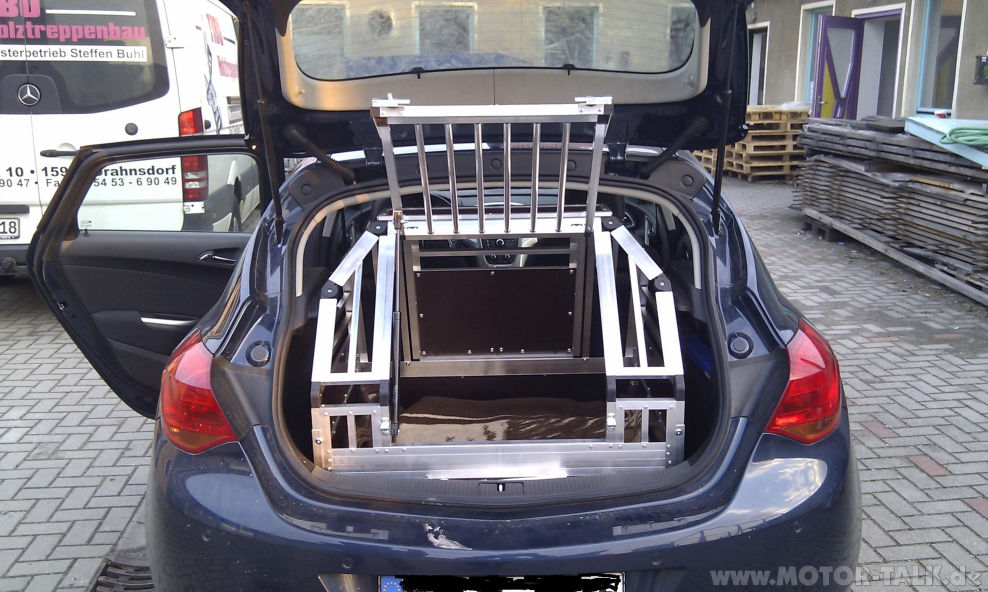 hundebox2 hundebox opel astra j cascada 203857995. Black Bedroom Furniture Sets. Home Design Ideas