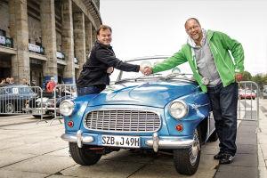 Björn und Škoda-Mann Andreas vor dem Start