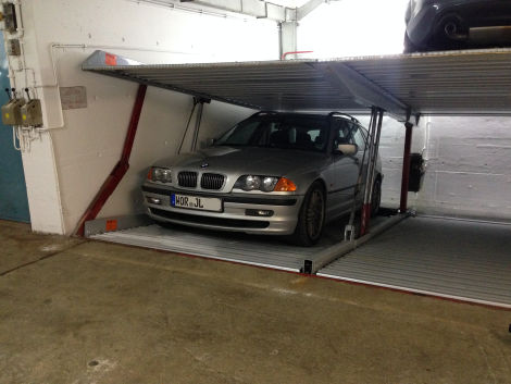 touring in duplex garage bmw 3er e46. Black Bedroom Furniture Sets. Home Design Ideas