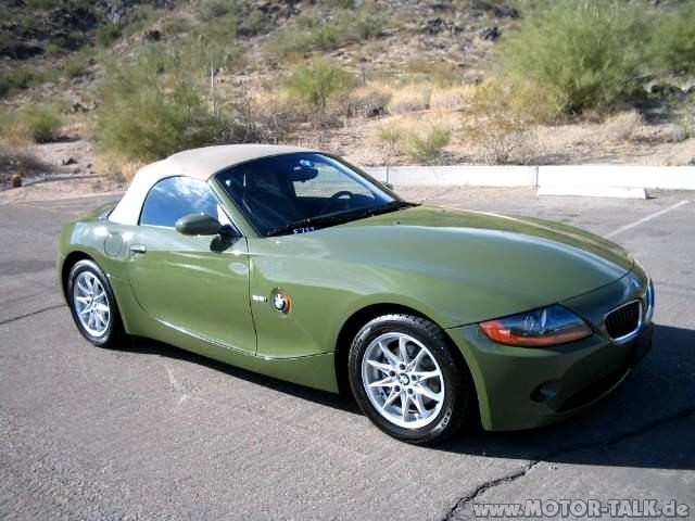 z4 urban green z4 in nato gr n wie hei t die farbe bmw z4 e85 e86 204222629. Black Bedroom Furniture Sets. Home Design Ideas