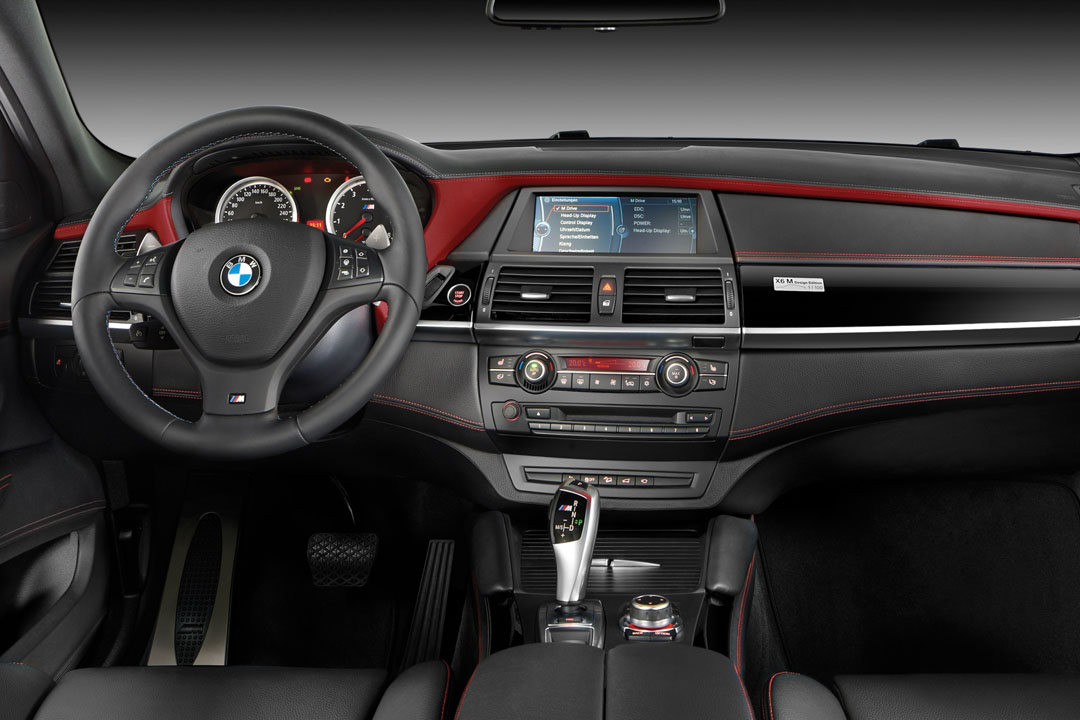 bmw bringt x6 m design edition bmw x6. Black Bedroom Furniture Sets. Home Design Ideas
