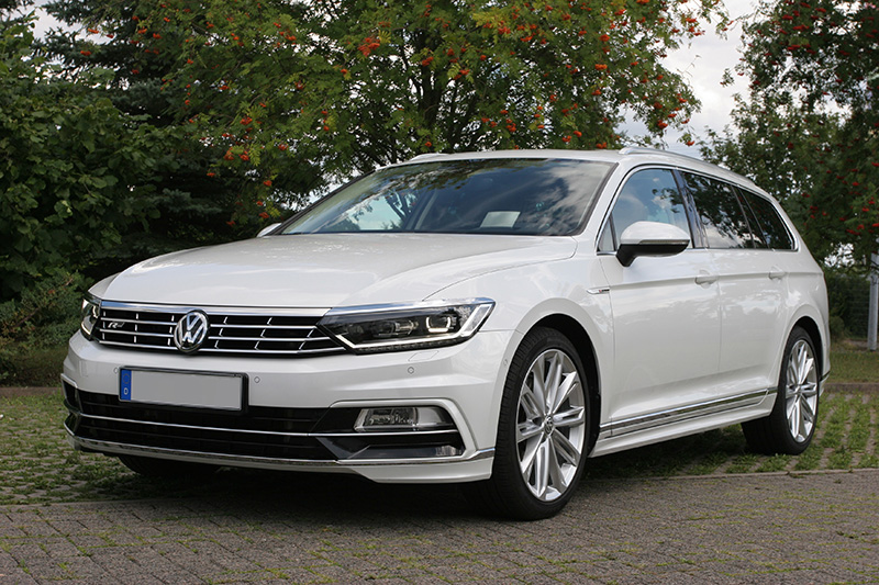 vw passat variant 2 0 tdi scr 4motion dsg highline r b8. Black Bedroom Furniture Sets. Home Design Ideas