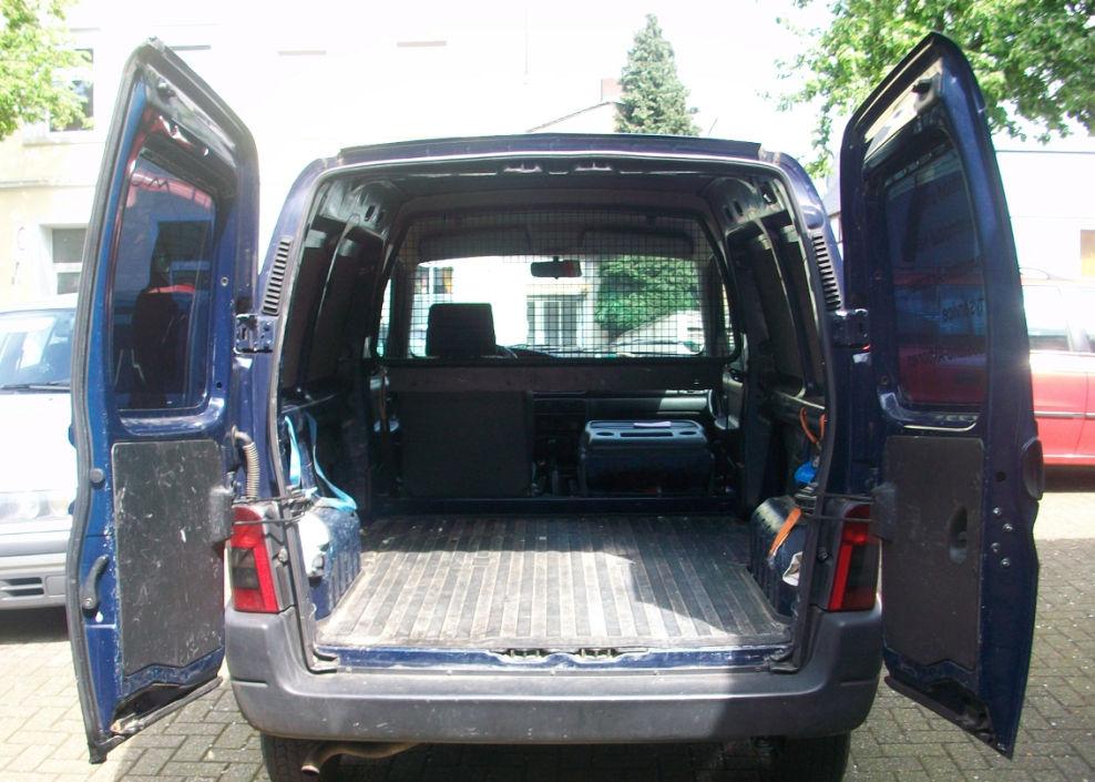 peugeot partner hinten 4 peugeot partner kastenwagen transporter lkw zulassung biete. Black Bedroom Furniture Sets. Home Design Ideas
