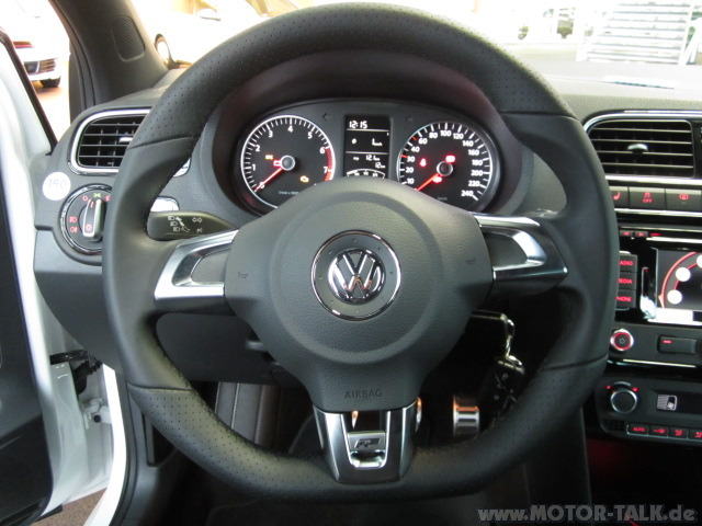 r line interieur vw polo v 6r 1 2 tsi test. Black Bedroom Furniture Sets. Home Design Ideas