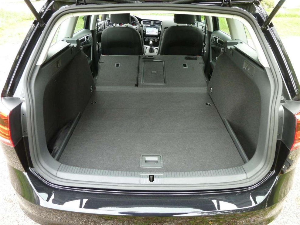 vw golf vii variant kofferraum sammelthread rund um den vw abgasskandal vw golf 6 208219989. Black Bedroom Furniture Sets. Home Design Ideas