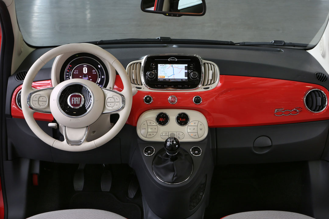 Fiat 500 facelift 2015 motoren innenraum erster test for Fiat 500 interieur