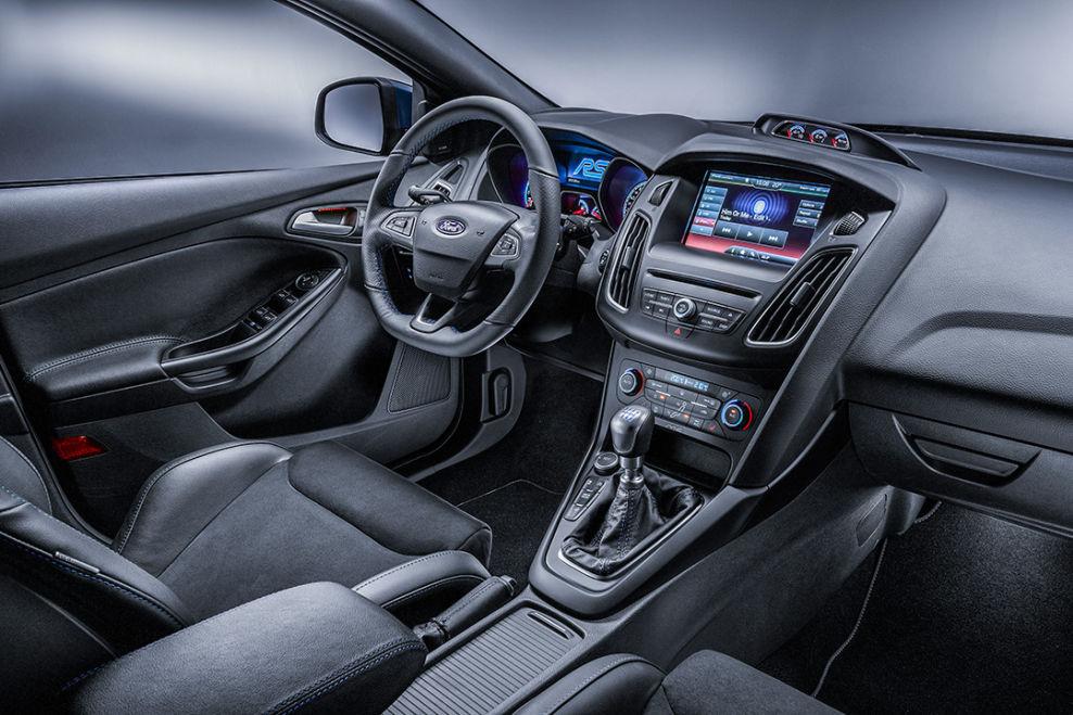 Ford Focus RS 2015: Interieur : Und er hat doch Allrad : Ford News ...