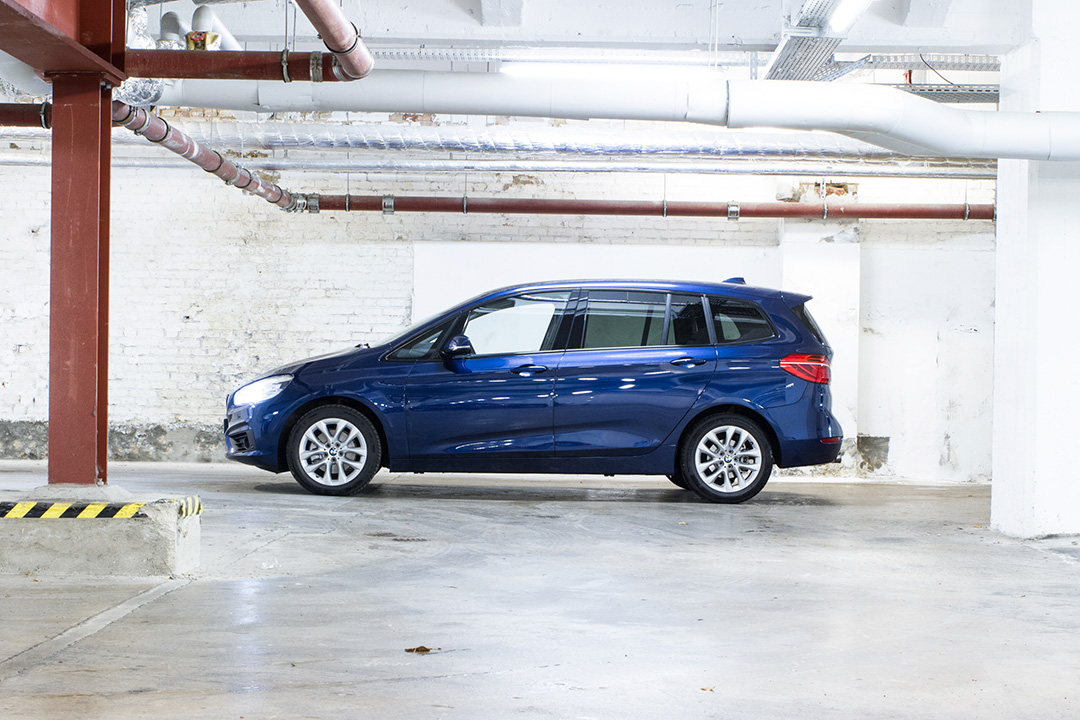 test bmw 2er gran tourer mit dreizylinder. Black Bedroom Furniture Sets. Home Design Ideas