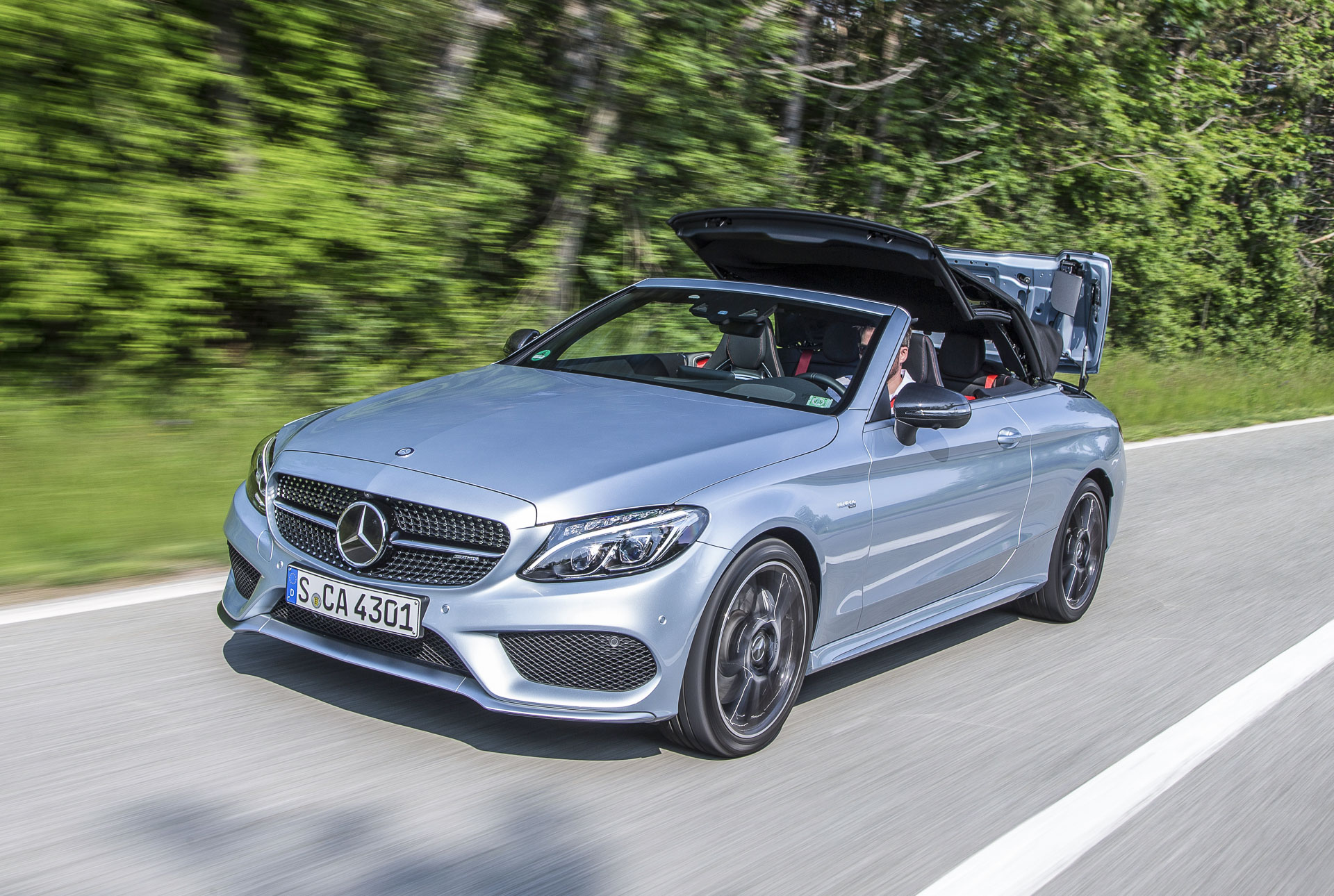 mercedes c 300 und c 43 4matic cabrio test. Black Bedroom Furniture Sets. Home Design Ideas