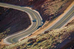 Das Bergrennen am Pikes Peak: Eine Strecke von 19,99 km führt zum Gipfel