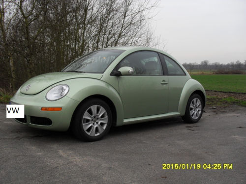 new beetle 2 5 110 kw biete. Black Bedroom Furniture Sets. Home Design Ideas