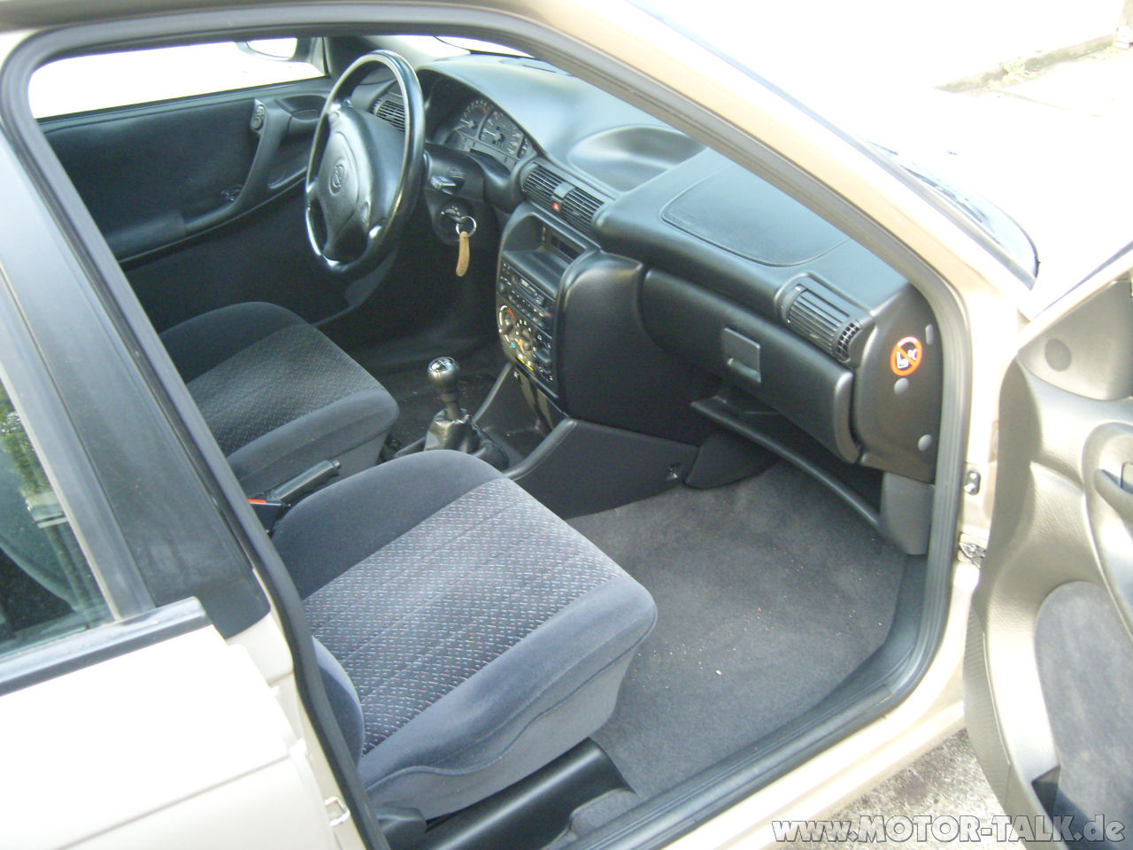 Opel astra f 631985 for Opel astra f interieur