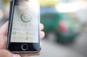 Wer vorsichtig fährt, wird mit einer hohen Punktzahl und somit mit Vergünstigungen belohnt. Mittels Telematik-Tarifen sollen Autofahrer positiv beeinflusst werden