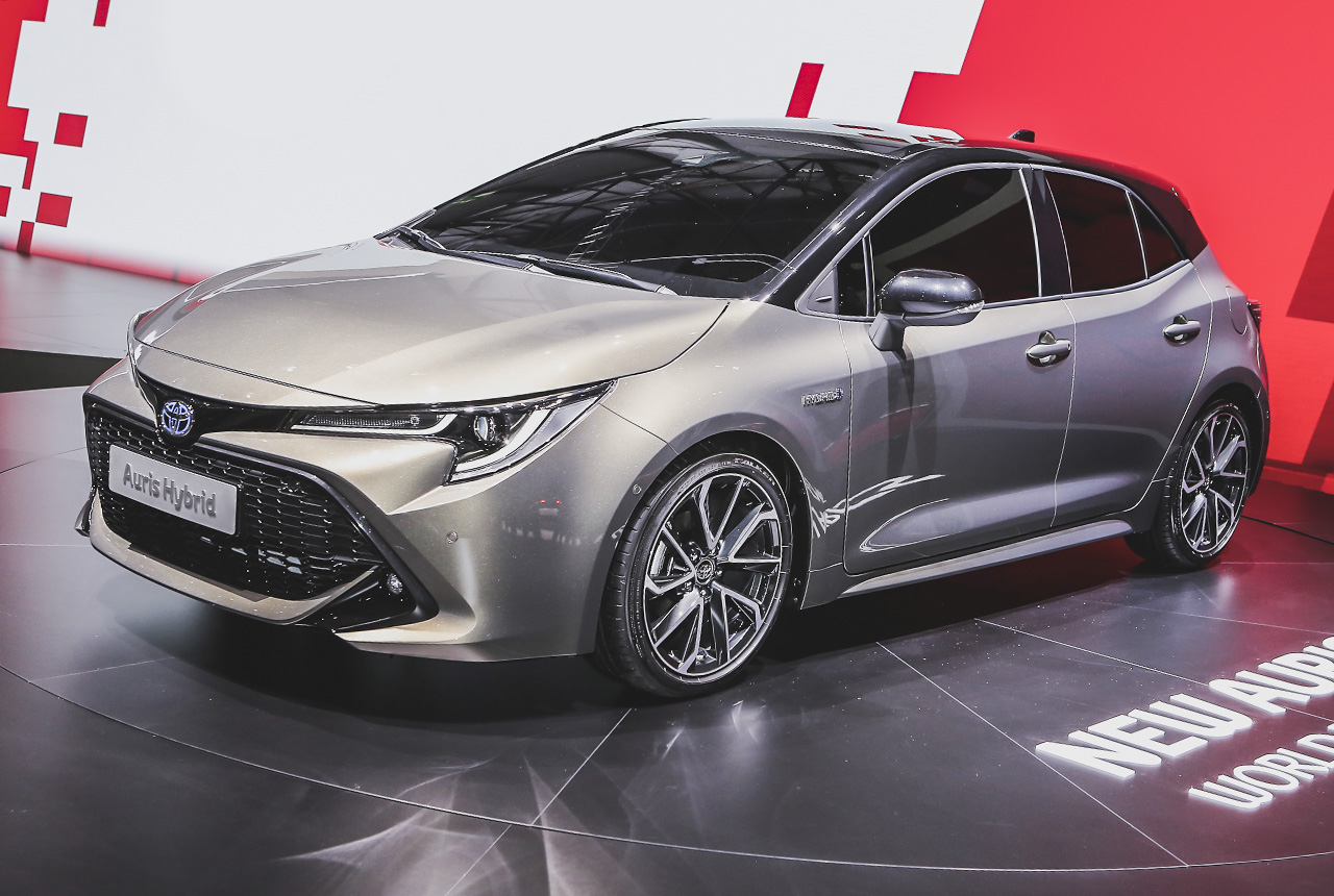 toyota corolla 2019 der neue auris hei t wieder corolla. Black Bedroom Furniture Sets. Home Design Ideas