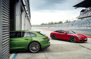 Porsche bringt den Panamera GTS der zweiten Generation. Der Unterschied zum Vormodell: mehr Leistung, mehr Drehmoment - und auch Wunsch mehr Stauraum. Das Modell ist als Fließheck-Limo oder Kombi (intern Sport Turismo) erhältlich
