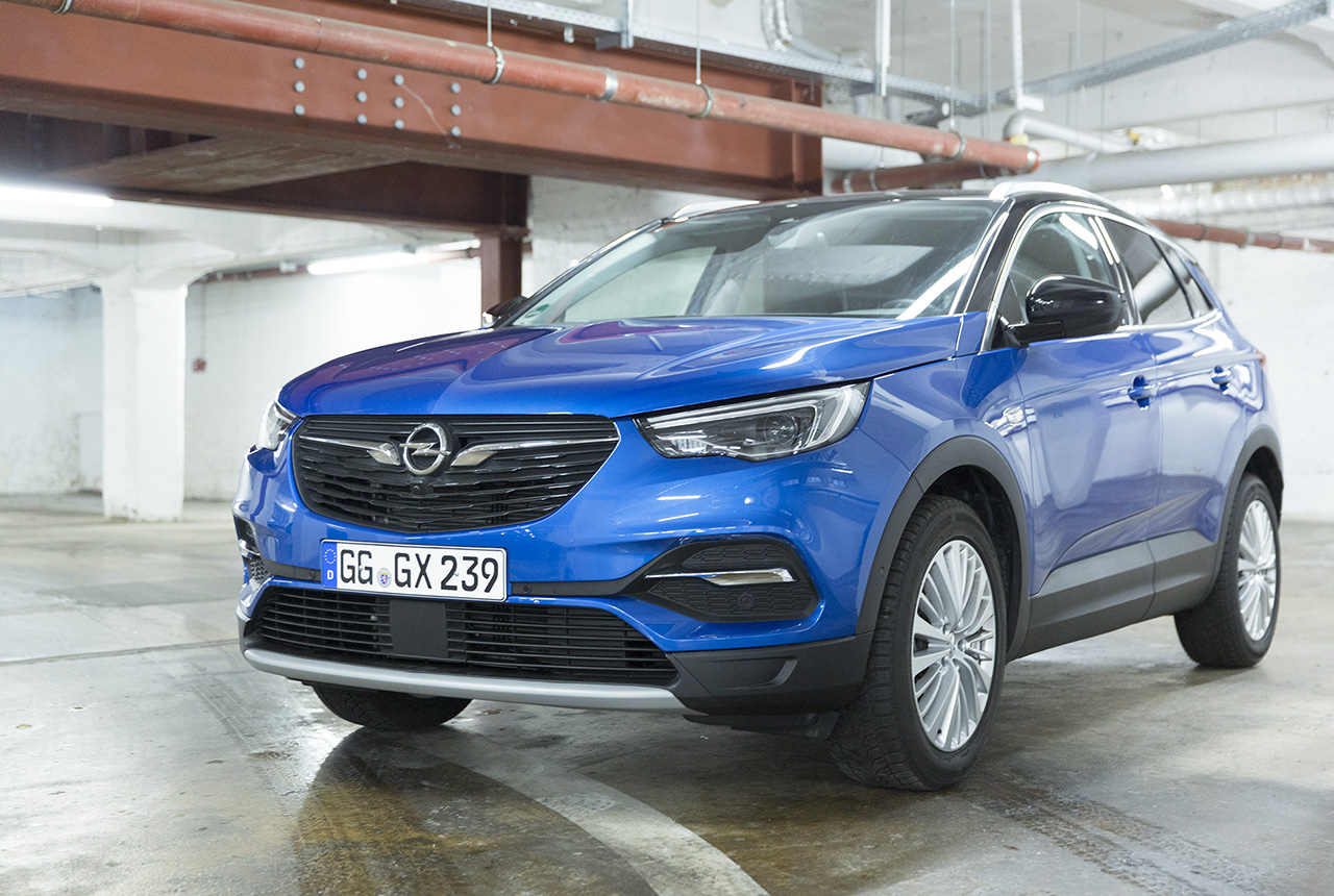opel grandland x 1 2 turbo im test alltagstest ausstattungen preise. Black Bedroom Furniture Sets. Home Design Ideas