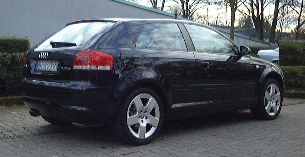 audi a3 8p 2 0 fsi schwarz 115tkm 7 2003 12 extras. Black Bedroom Furniture Sets. Home Design Ideas