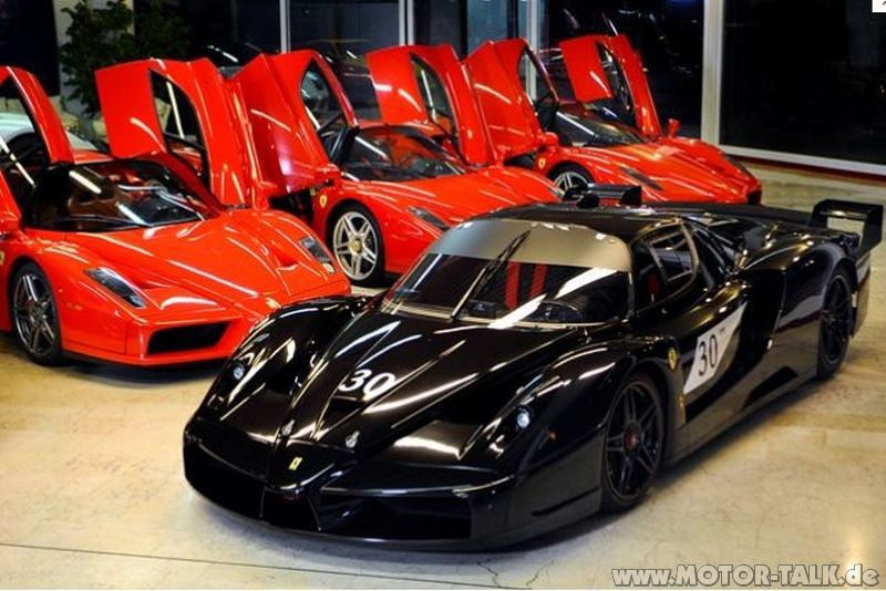 Michael schumacher misstet garage aus ferrari enzo und for Garage schumacher metz