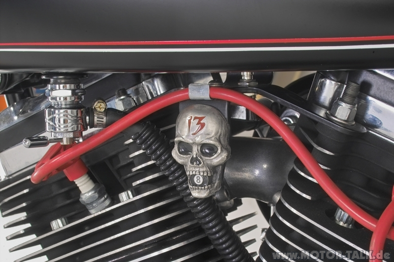 old school detail 18 kosten f r umbau einer softail zu bobber harley davidson 205981130. Black Bedroom Furniture Sets. Home Design Ideas