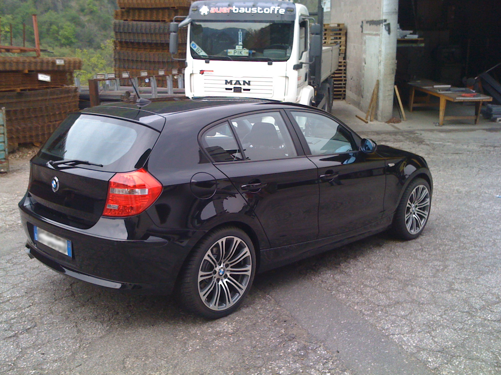 img 0423 18zoll m3 e92 felgen auf 120d bmw 1er e81. Black Bedroom Furniture Sets. Home Design Ideas