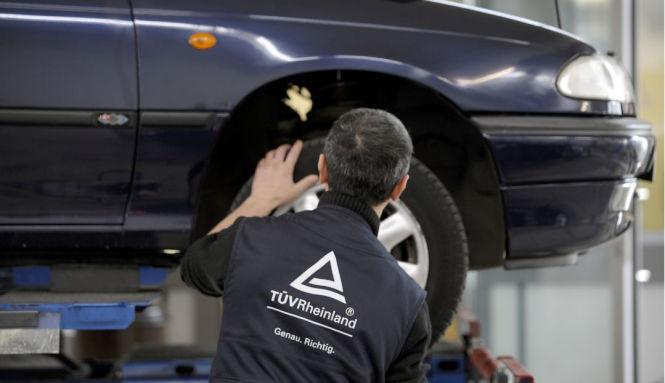 Hauptuntersuchung für älteres Fahrzeug: Auch künftig nicht jährlich.