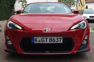 Toyota GT 86 TMG - Spaß in rot