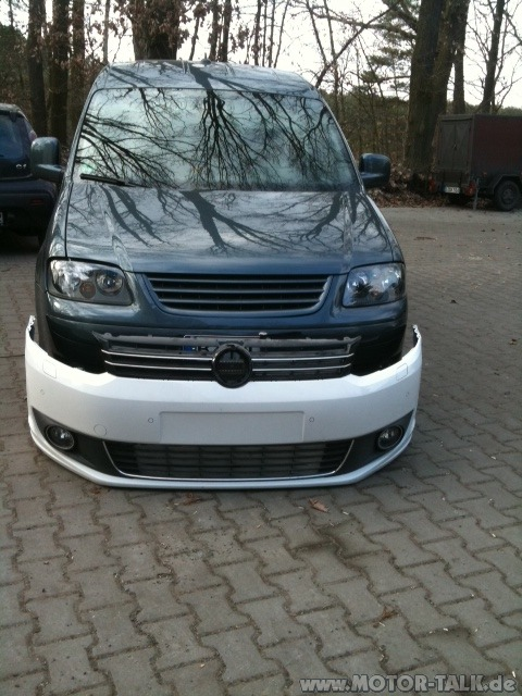 foto umbau fahrzeugfront auf facelift 2010 vw caddy. Black Bedroom Furniture Sets. Home Design Ideas