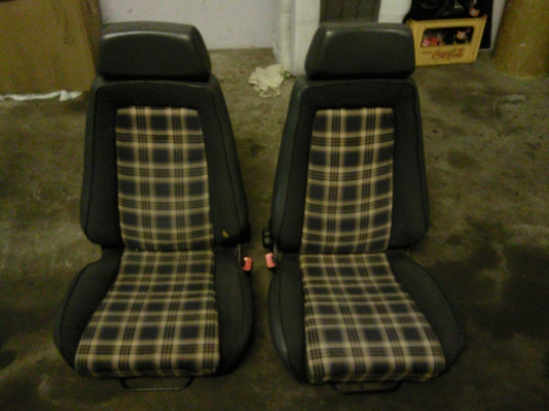 ford capri recaro sitze oldschool biete ford. Black Bedroom Furniture Sets. Home Design Ideas
