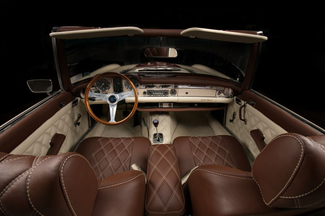 Retro benz gentle pagoda von vilner mercedes sl w113 - Car interior design ...