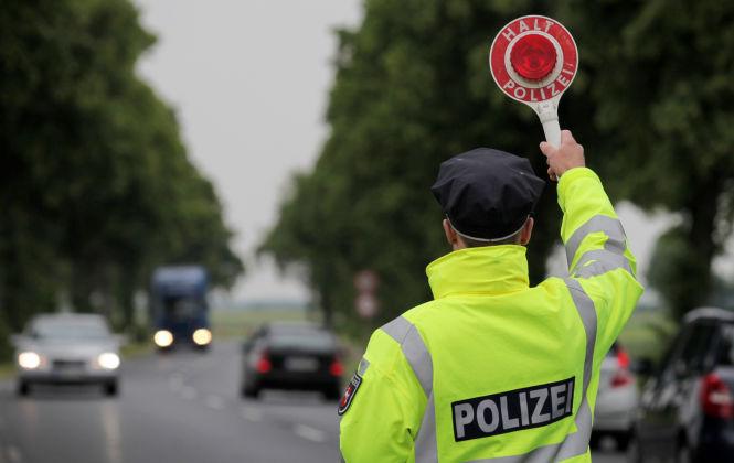 Zur Karnevalszeit kontrollierte die Polizei in Nordrhein-Westfalen mehr als 65.500 Autofahrer.