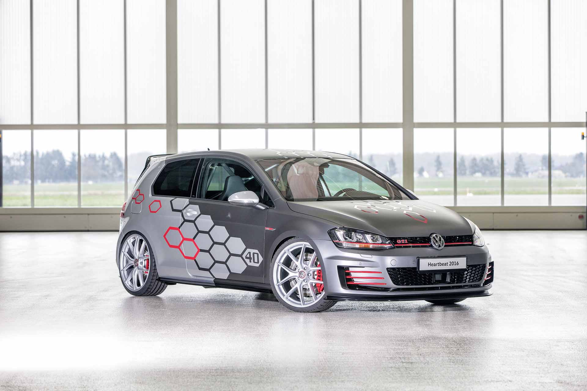 w rthersee golf gti heartbeat und golf r variant performance 35. Black Bedroom Furniture Sets. Home Design Ideas