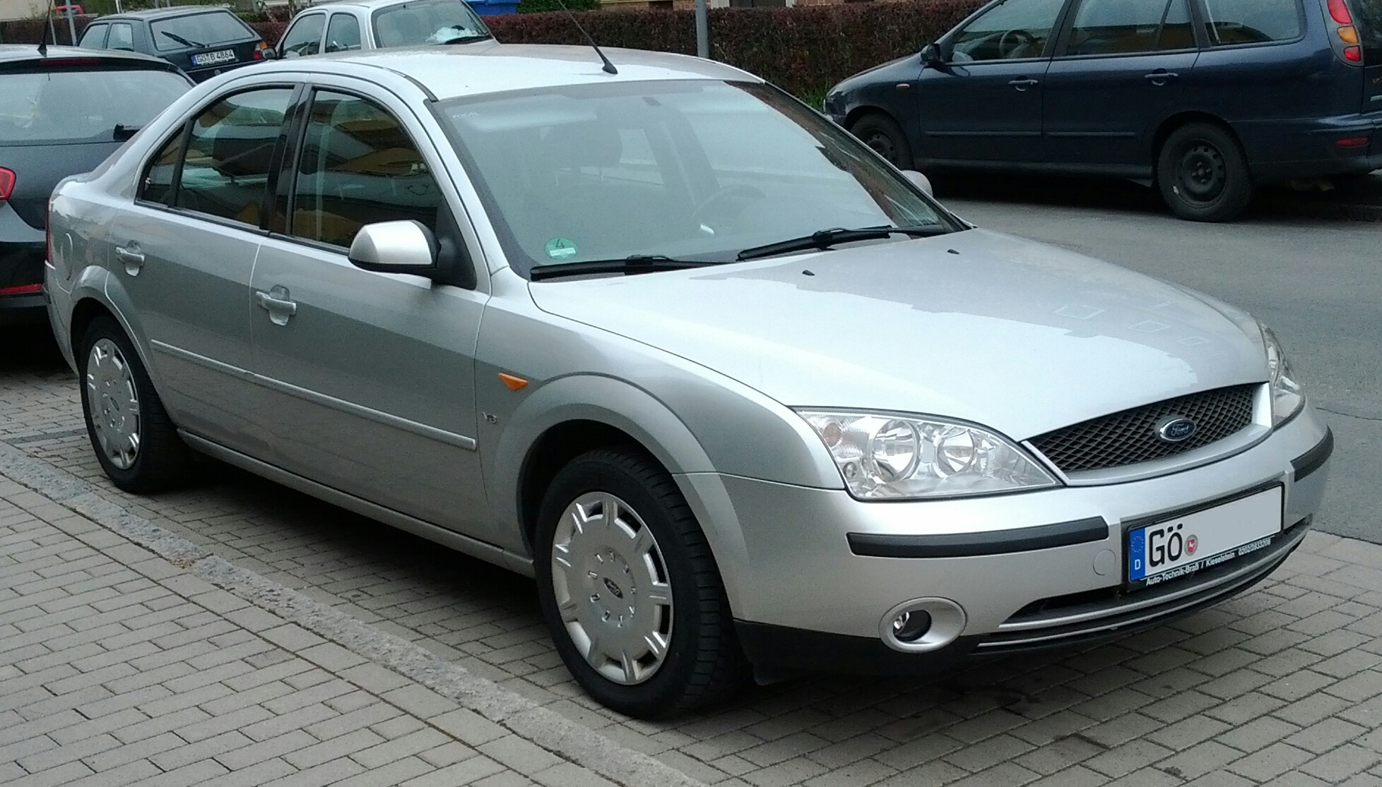 ford mondeo mk3 2001 motor photos autos weblog. Black Bedroom Furniture Sets. Home Design Ideas