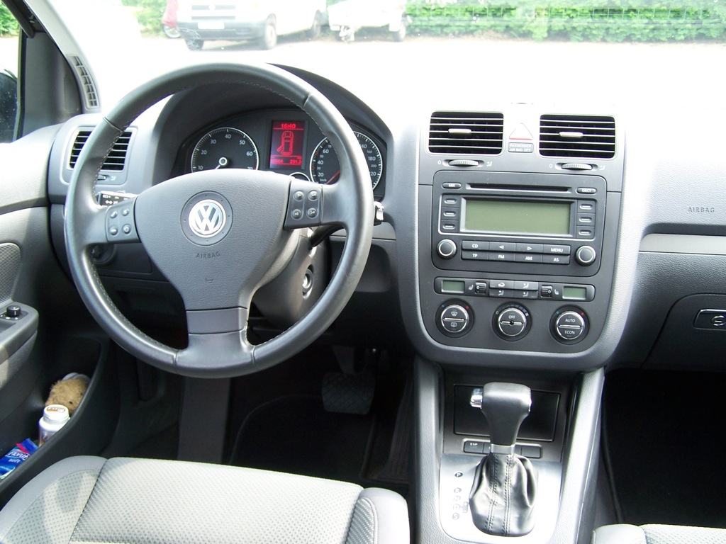 vw golf v 1 6 automatik comfortline biete volkswagen. Black Bedroom Furniture Sets. Home Design Ideas