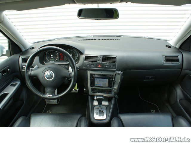r32 cockpit armaturenbrett vw golf 4 202958686. Black Bedroom Furniture Sets. Home Design Ideas