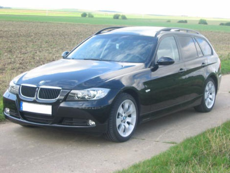 bmw bmw 320d dpf touring aut xenon ahk standhzg panoramadach biete bmw. Black Bedroom Furniture Sets. Home Design Ideas