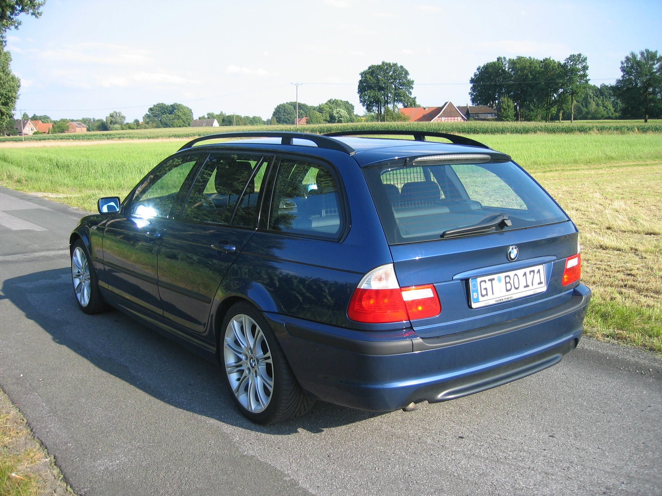 biete e46 touring edition sport 320d ez 2003 ca 67000 km biete bmw. Black Bedroom Furniture Sets. Home Design Ideas