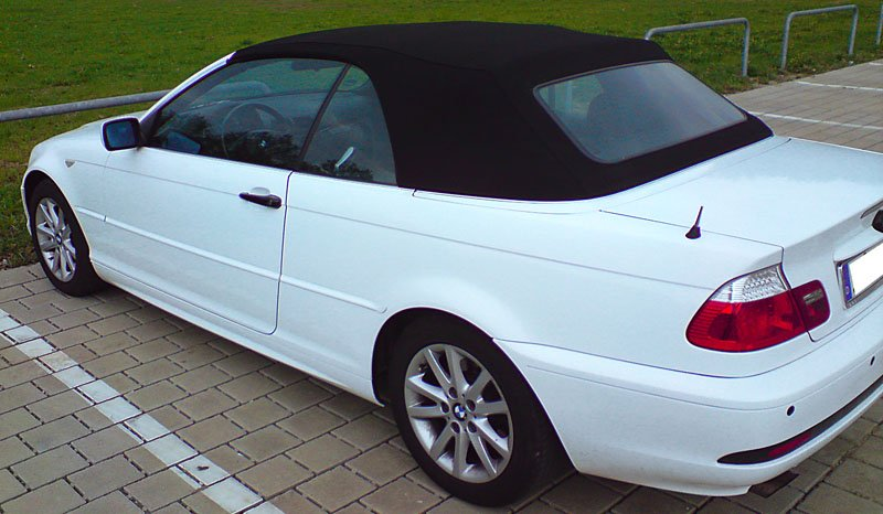 cabihinten e46 cabrio weiss folieren mit blauem verdeck bmw 3er e46 202921017. Black Bedroom Furniture Sets. Home Design Ideas