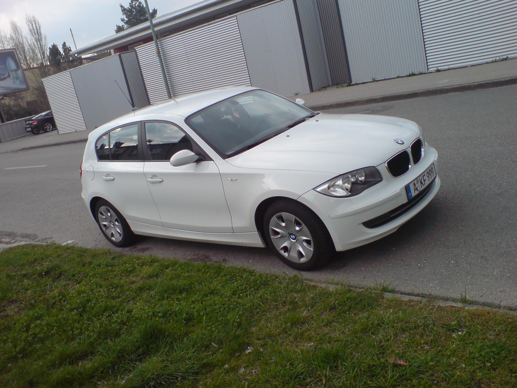 bmw 116i facelift alpinweiss uni ii leasing bernahme. Black Bedroom Furniture Sets. Home Design Ideas