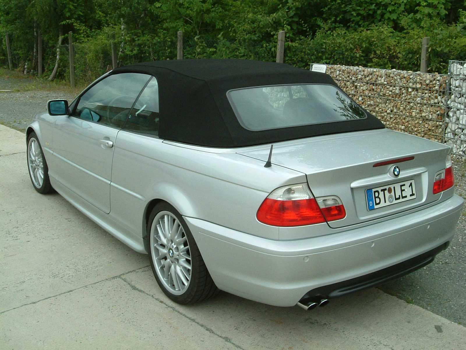 Biete BMW: BMW 320 CI Cabrio E